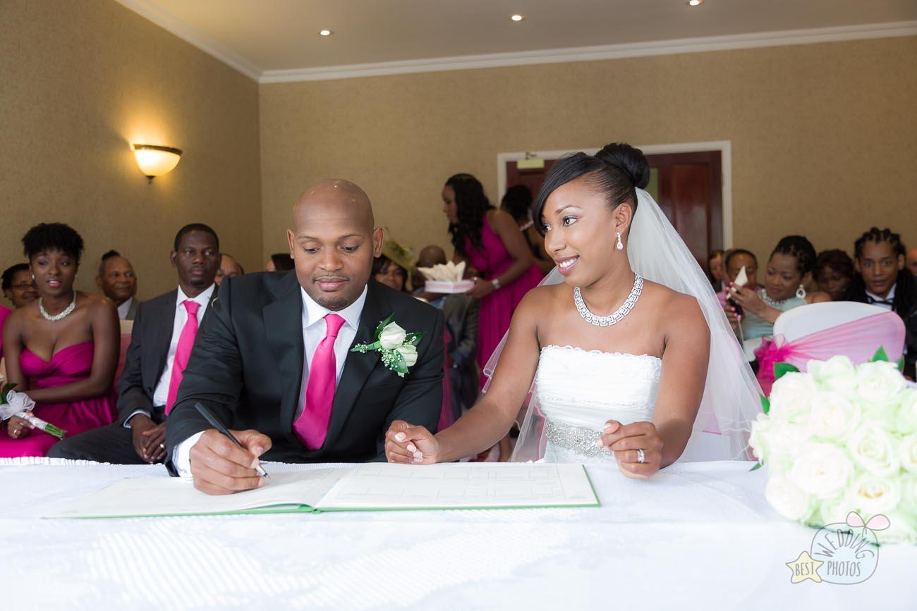 030_wedding_photographer_bromley_shari