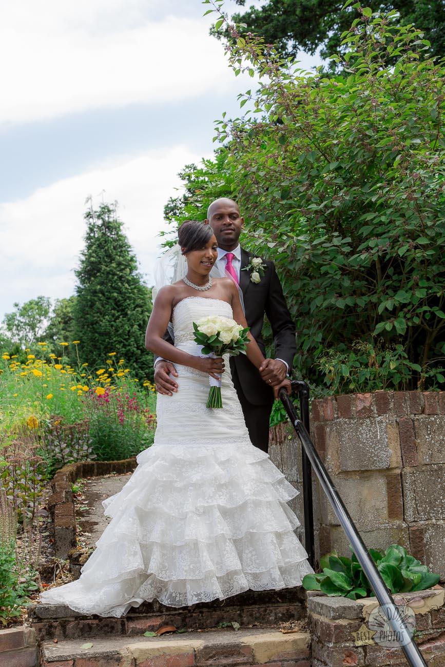 068_wedding_photographer_bromley_shari