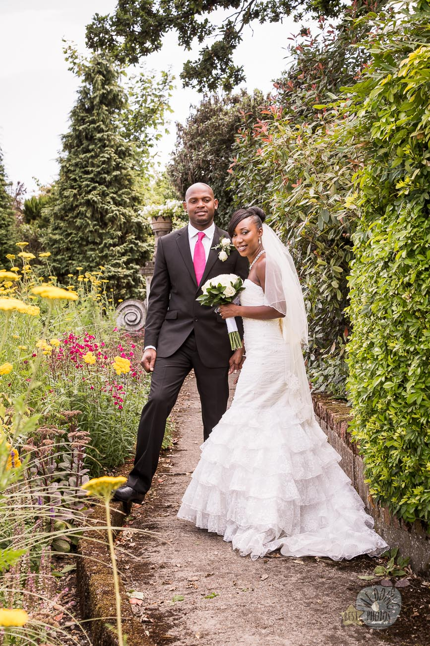 072_wedding_photographer_bromley_shari