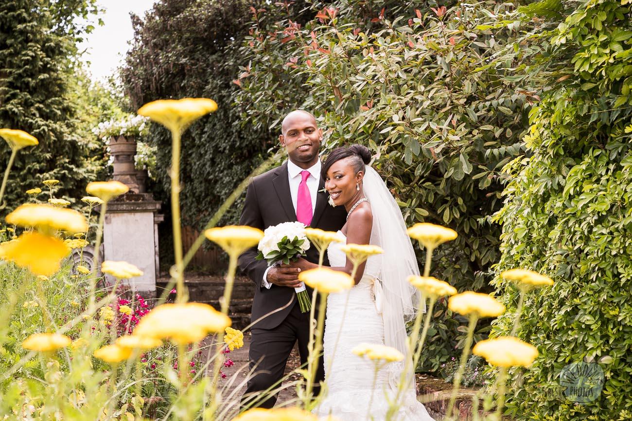 076_wedding_photographer_bromley_shari