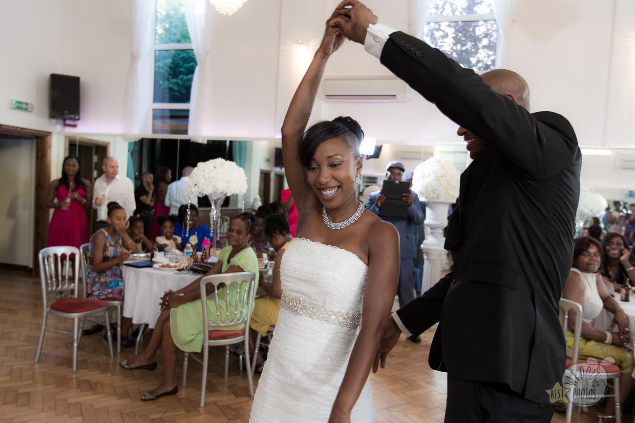 139_wedding_photographer_bromley_shari