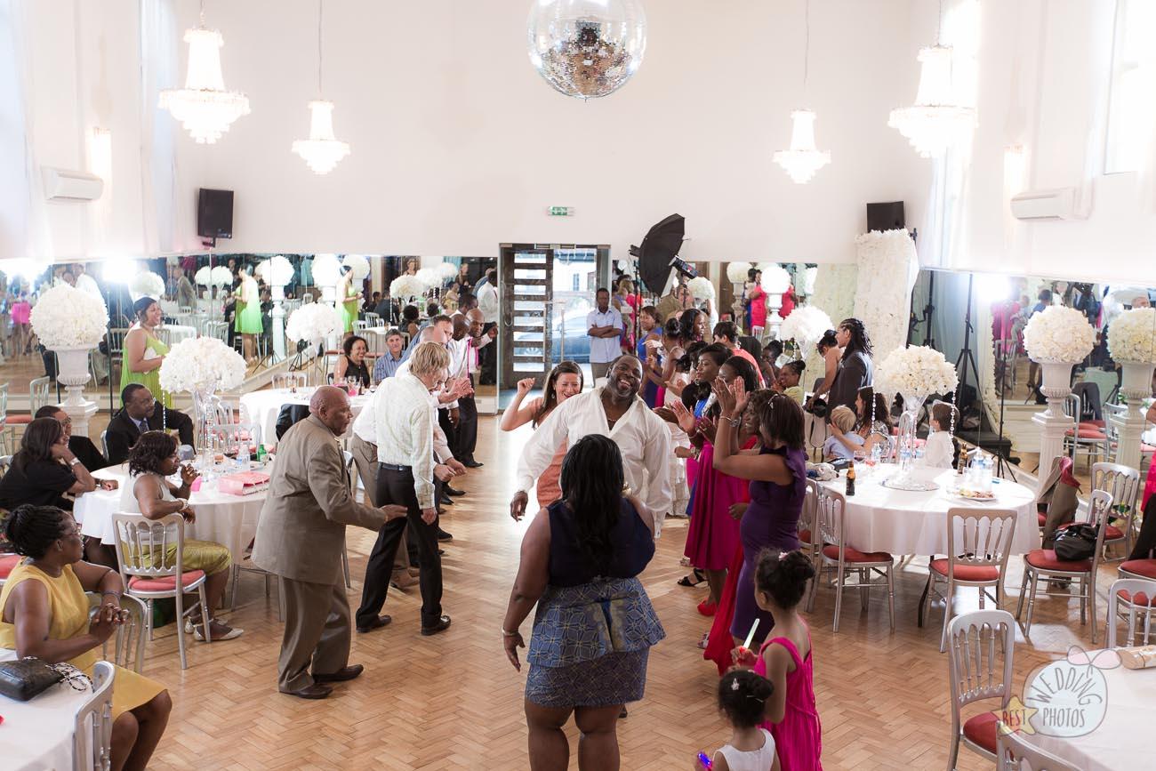 152_wedding_photographer_bromley_shari