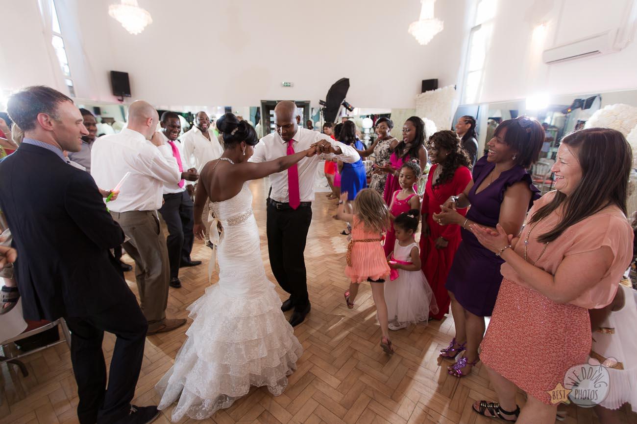 155_wedding_photographer_bromley_shari