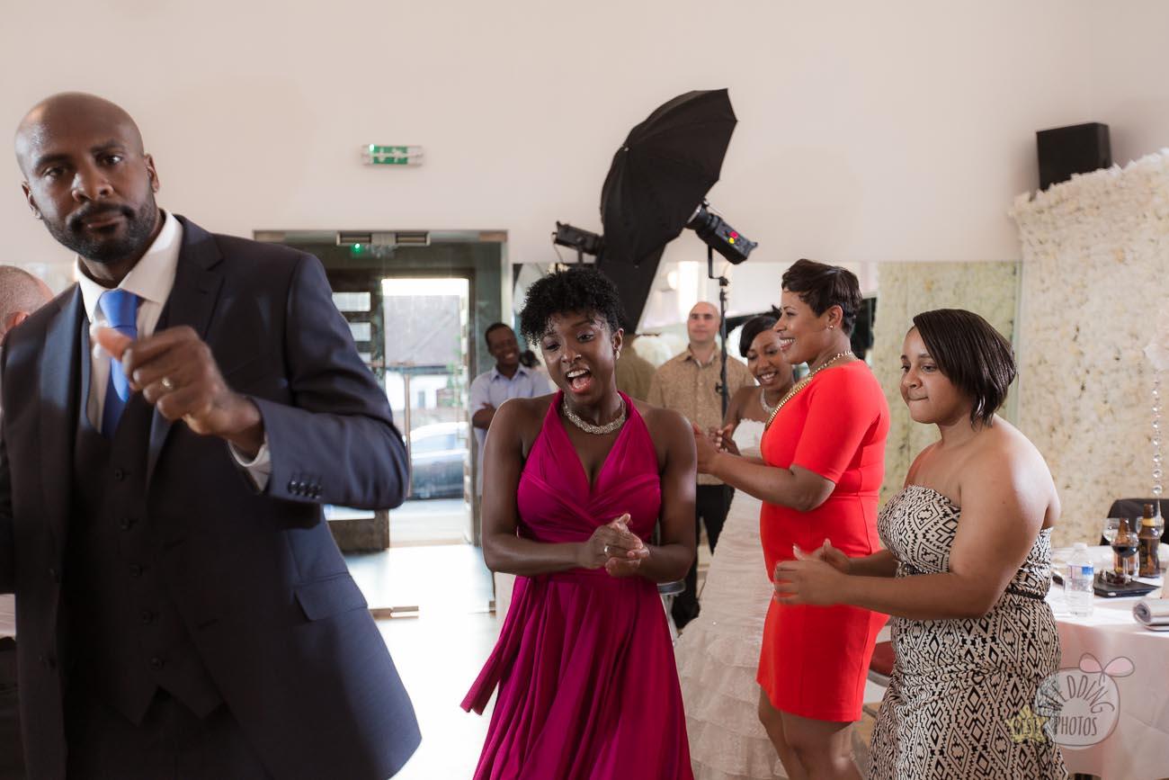 161_wedding_photographer_bromley_shari