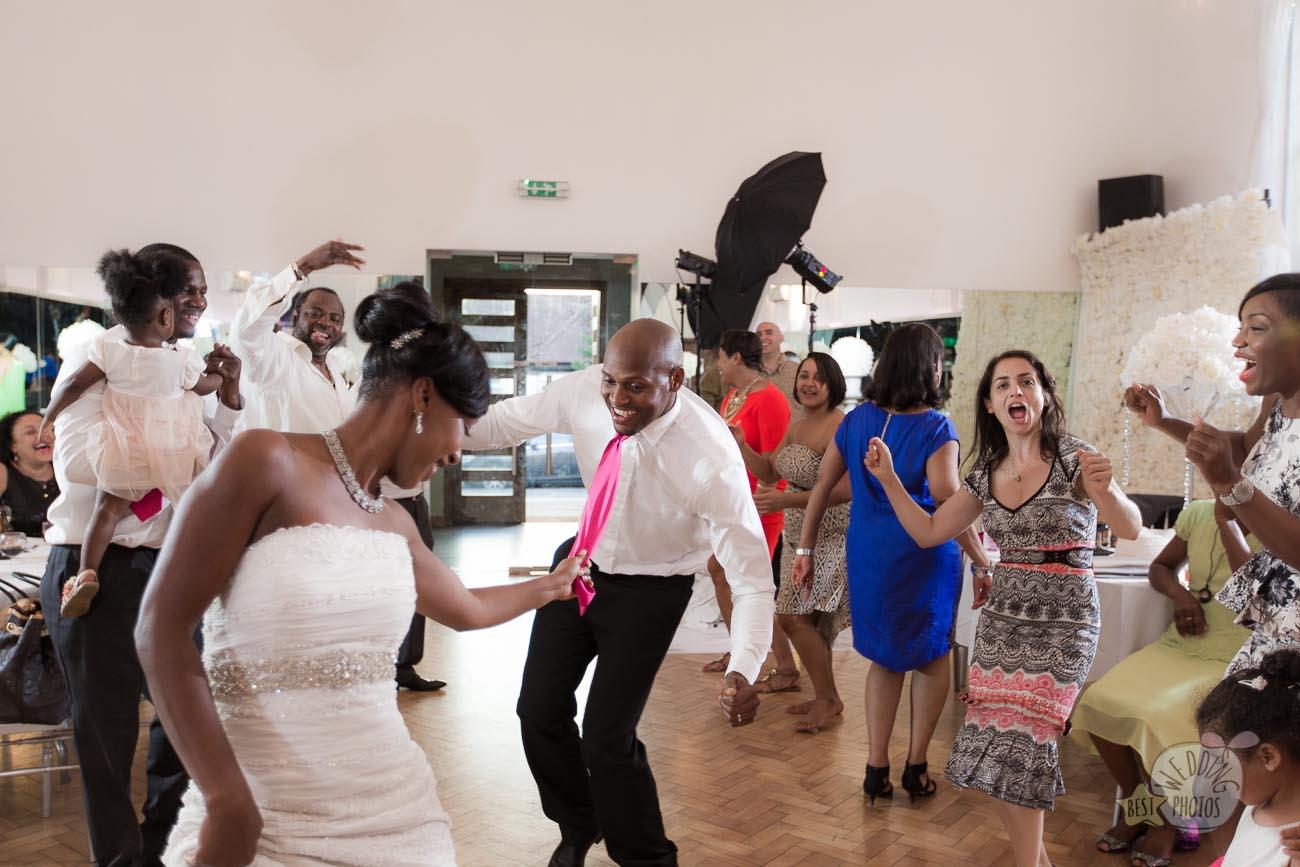 162_wedding_photographer_bromley_shari