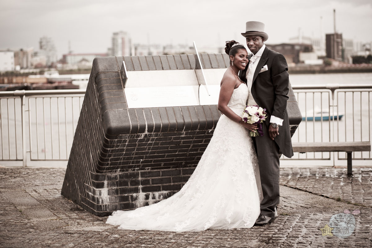 28_wedding_photographer_london_greenwich_yacht_club